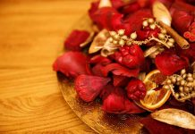 golden-red-potpourri