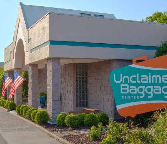 Unclaimed-Baggage-Center-exterior